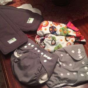 7 Pc. Naturally nature cloth diapers & inserts